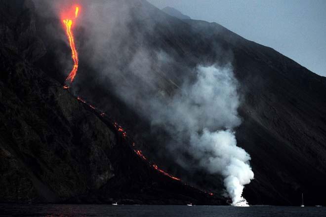 Dòng sông lửa ở Italy