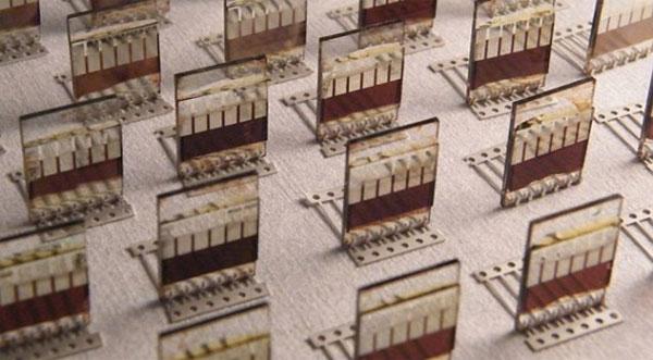 Pin dạng xịt biến mọi bề mặt thành pin năng lượng Mặt trời