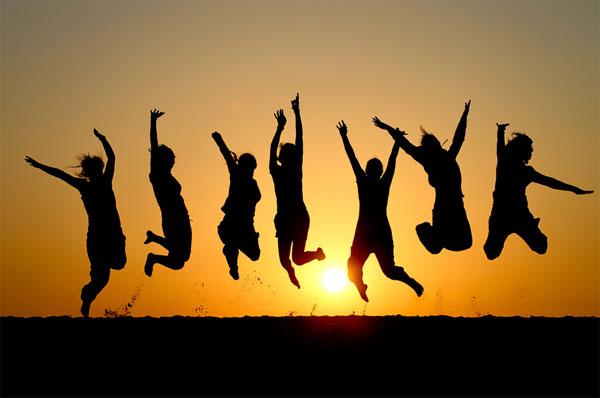 Điều gì xảy ra nếu tất cả mọi người trên Trái đất cùng nhảy một lúc?