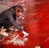 Những dòng nước có màu quái lạ ở Trung Quốc