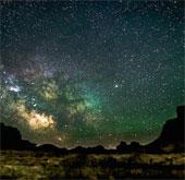 Chiêm ngưỡng vẻ đẹp của bầu trời về đêm