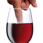 Sơn móng tay đổi màu nếu phát hiện thuốc kích dục