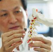 Cấy ghép thành công đốt sống in 3D lên cơ thể người