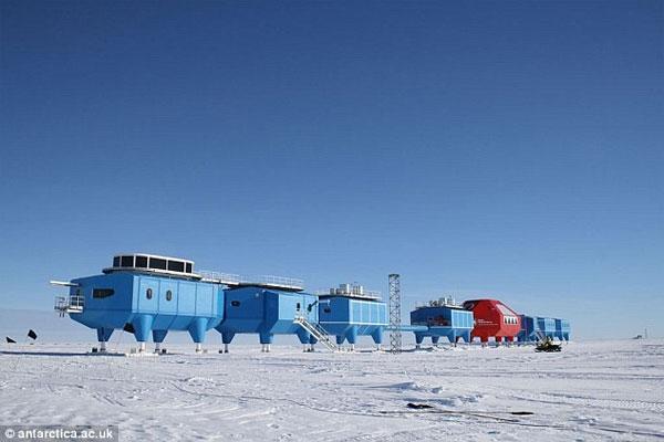 Nam Cực lạnh kỷ lục, nhà khoa học kẹt trong trạm nghiên cứu