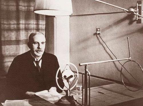 """Ernest Rutherford - """"Cha đẻ"""" của vật lý hạt nhân"""