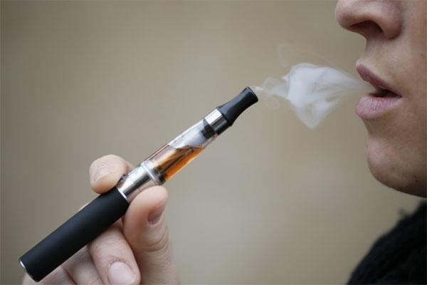 Hút thuốc lá điện tử dễ gây nghiện ma túy