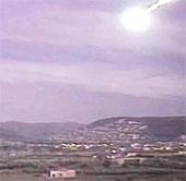 Dân Tây Ban Nha hốt hoảng vì quả cầu lửa trên bầu trời