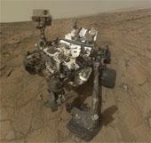 Robot Curiosity đã di chuyển đến chân núi Sharp