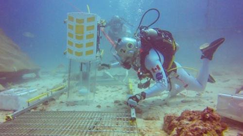 Phi hành gia Canada thử nghiệm sống 1 tuần dưới nước