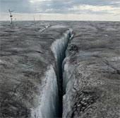 Sự thật đáng sợ về những tảng băng đen gần Bắc Cực