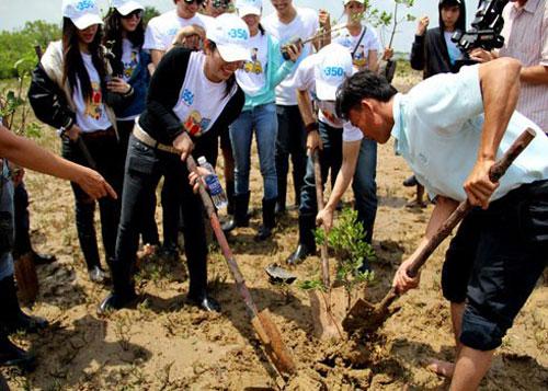 Việt Nam hưởng ứng chiến dịch làm cho thế giới sạch hơn