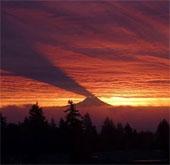 Bộ ảnh cảnh tượng bóng núi hắt lên mây