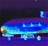 Tàu vũ trụ bí ẩn X-37B đã trở về Trái Đất
