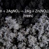 Video: Hình ảnh phản ứng hóa học qua kính hiển vi