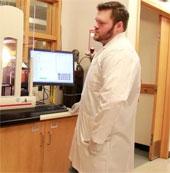 Thí nghiệm lý giải người nhiễm Ebola vẫn có khả năng sống sót