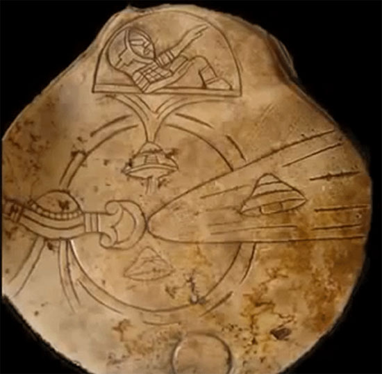 10 đồ vật nghi liên quan tới người ngoài hành tinh