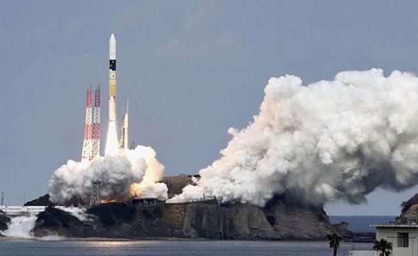 Nhật phóng thành công tàu thăm dò thiên thạch
