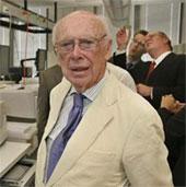 Bán giải thưởng Nobel của Watson với giá 4,76 triệu USD