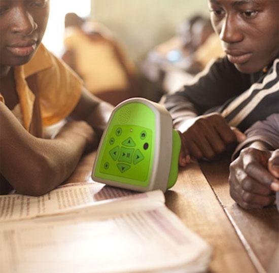 Máy tính siêu rẻ không màn hình ở châu Phi