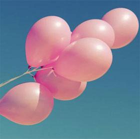 Tại sao các bé gái thường thích màu hồng?
