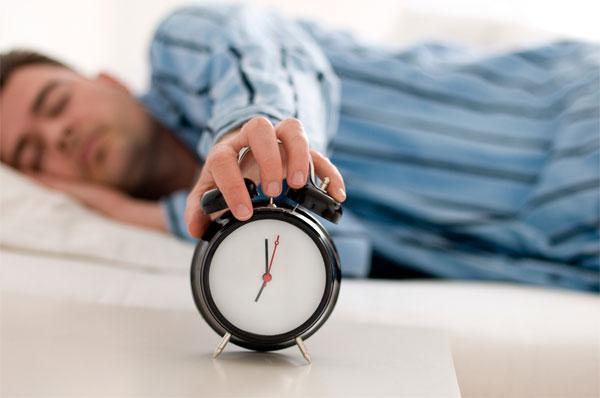Việc thường xuyên đi ngủ muộn thường sẽ dẫn đến những hậu quả xấu về sức khỏe