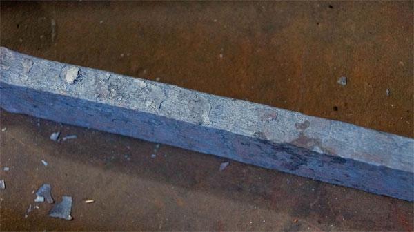 Một thanh kiếm được làm từ thép Damascus