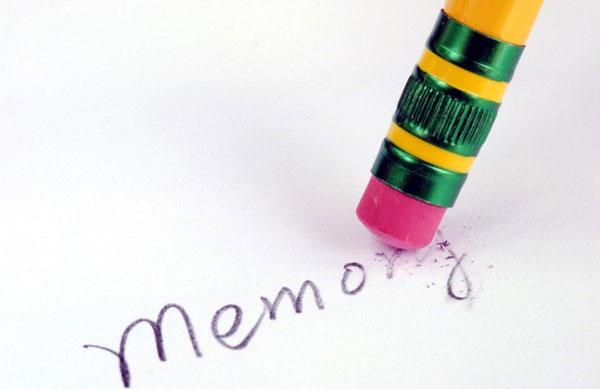 """Lý giải chuyện ký ức tồi tệ luôn """"ăn sâu bám rễ"""" trong đầu"""