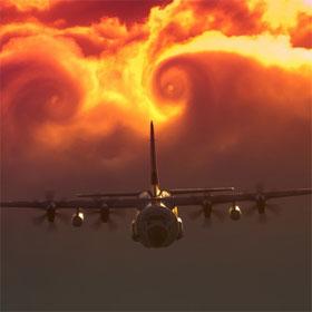 """Máy bay sẽ ra sao khi """"đụng độ"""" bão tố trên trời?"""