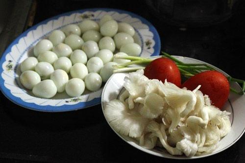 Trứng và nấm là hai thực phẩm rất bổ dưỡng giúp cơ thể tăng hiệu quả miễn dịch.