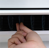 Cách khắc phục khi máy lạnh bị chớp đèn