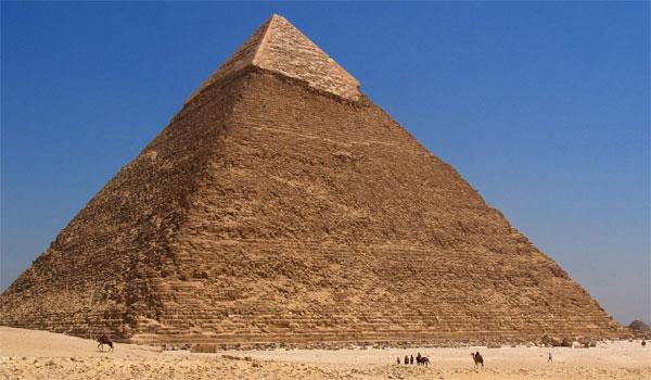 Kiến trúc bên trong các kim tự tháp luôn hướng đến một điểm chung là tạo ra các hành lang ảo cho linh hồn nhà vua đi đến được các vì sao.