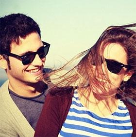 36 câu hỏi sẽ khiến bạn yêu bất kì người nào khi mới gặp mặt