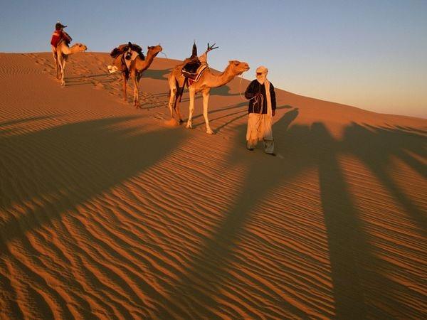 Nhiệt độ nóng nhất từng được ghi nhận ở Azizia, Libya, là 57,8 độ C