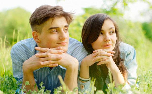 Những sự thật kỳ lạ mà khoa học lý giải về tình yêu