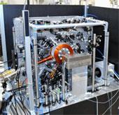 Nhật chế tạo cặp đồng hồ chính xác nhất thế giới
