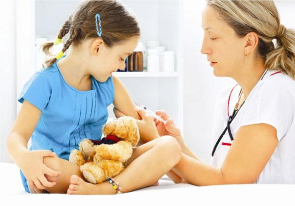 Bệnh trẻ thường gặp giao mùa Đông Xuân và cách phòng tránh