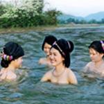 Phong tục tắm khỏa thân ở các nước