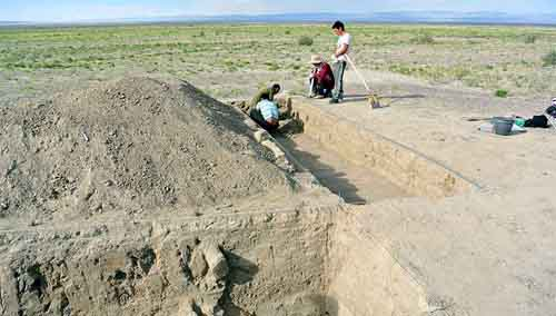 Phát hiện chiến lũy của Thành Cát Tư Hãn ở Mông Cổ