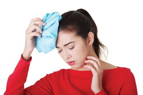 Căng thẳng, stress... là nguyên nhân phổ biến dẫn đến chứng đau đầu.