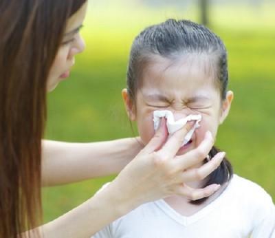 Trị sổ mũi cho bé mà không cần dùng thuốc