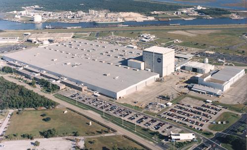 Bên trong nơi sản xuất tên lửa mạnh nhất thế giới