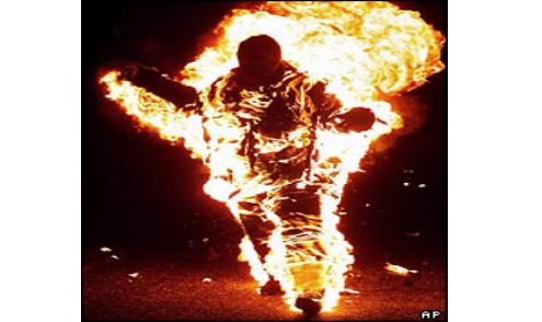 Những cơ thể tự bốc cháy chưa có lời giải đáp