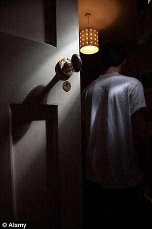 Ánh sáng đèn ngủ có thể gây bệnh ung thư