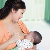 Nuôi con bằng sữa mẹ có thể tăng IQ cho trẻ