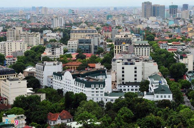 Ngắm những tuyến đường rợp bóng cây xanh ở Hà Nội