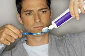 Mòn răng, tụt lợi vì đánh răng quá nhiều