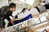 Nông dân Trung Quốc chế giường chữa khỏi sỏi thận cho vợ
