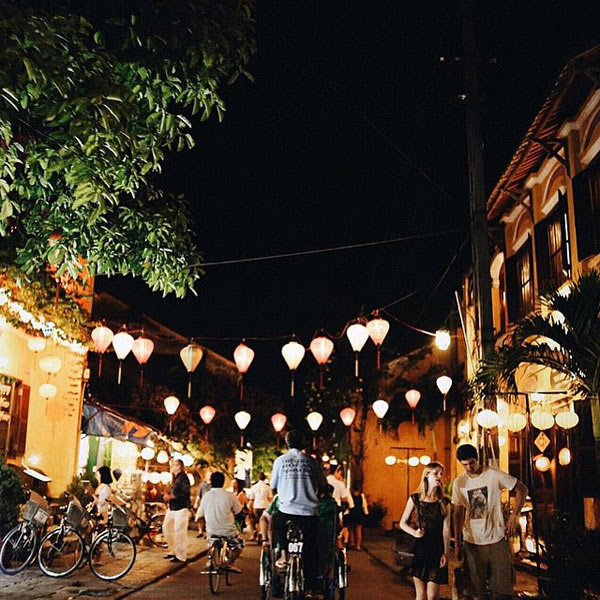 10 chợ đêm nổi tiếng nhất Việt Nam