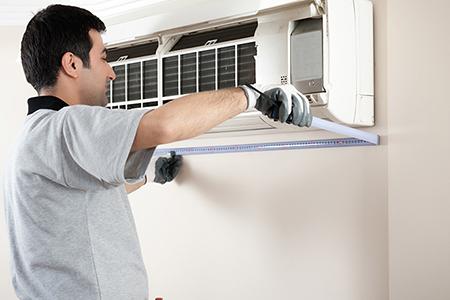 Bảo dưỡng máy định kỳ làm tăng độ bền cho máy điều hòa