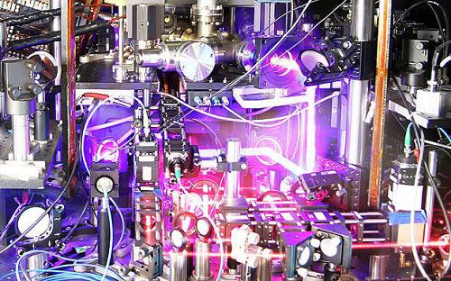 Mỹ chế tạo đồng hồ nguyên tử chính xác nhất thế giới lập kỷ lục mới